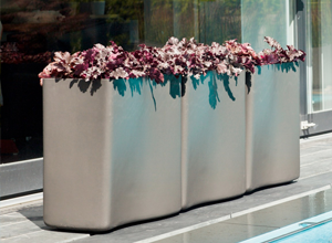 Eternit Molded Concrete Planter 1